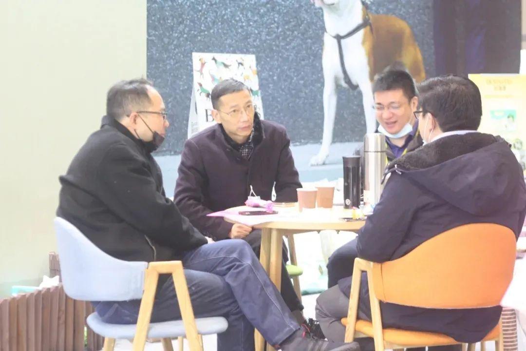 11月西部重庆展大放异彩!规模翻倍增长,开启西部宠物行业新纪元