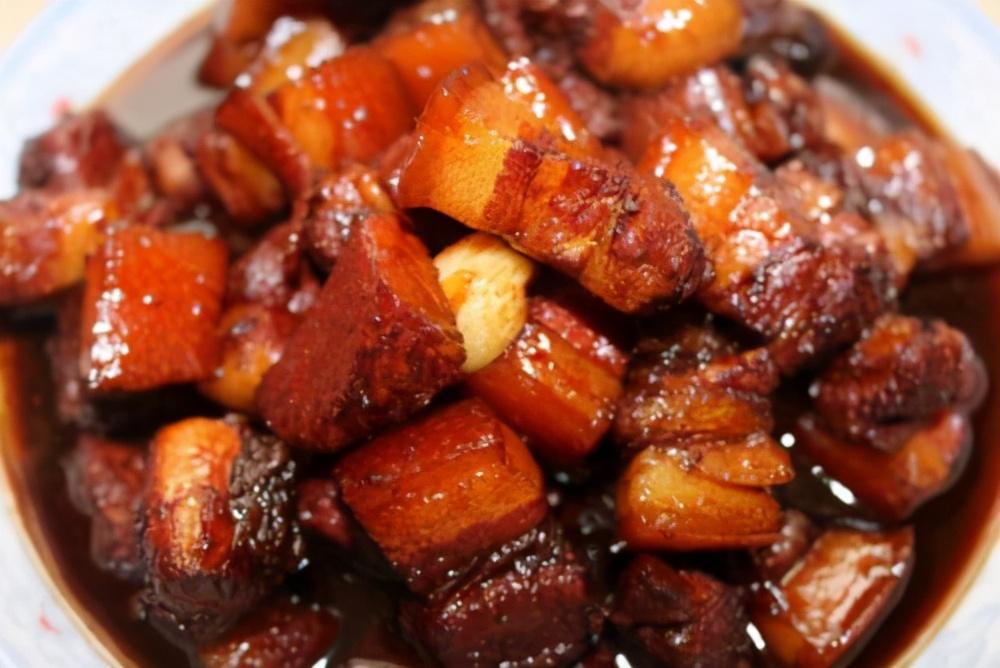 这才是红烧肉的正宗做法,操作步骤与用料全给你,吃货们都学会了 美食做法 第3张