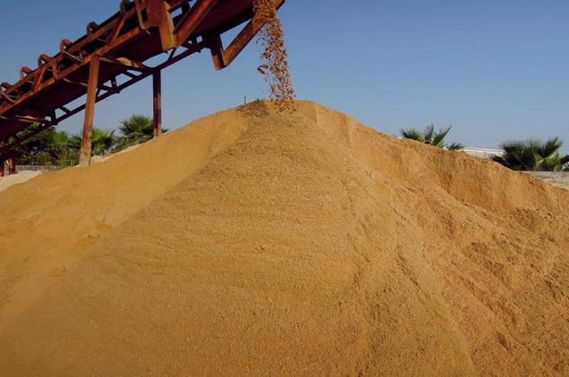 最高均價170元/噸,2021天然砂價高位震蕩,誰之責?