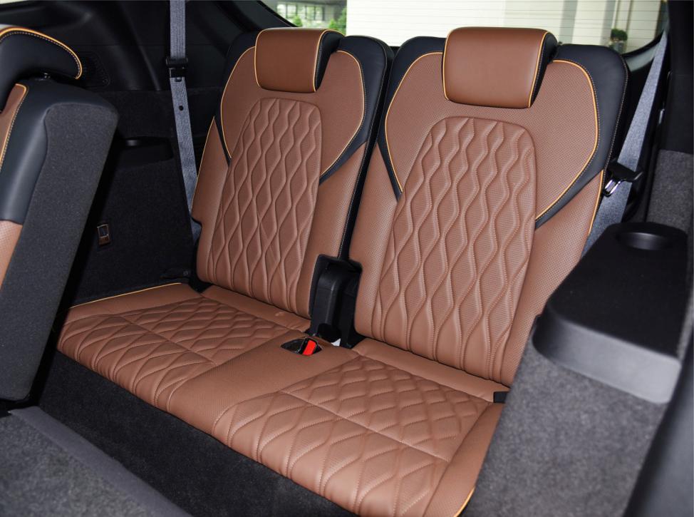 NEDC续航505公里,比亚迪唐EV新增四驱高性能版尊荣型