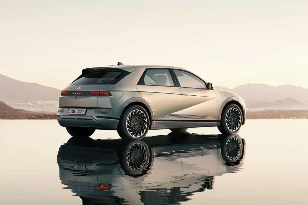极客玩家还在等Model Y?这几款新潮纯电SUV更值得关注