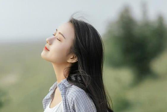女人有了以下几种态度,说明她对婚姻失去了希望