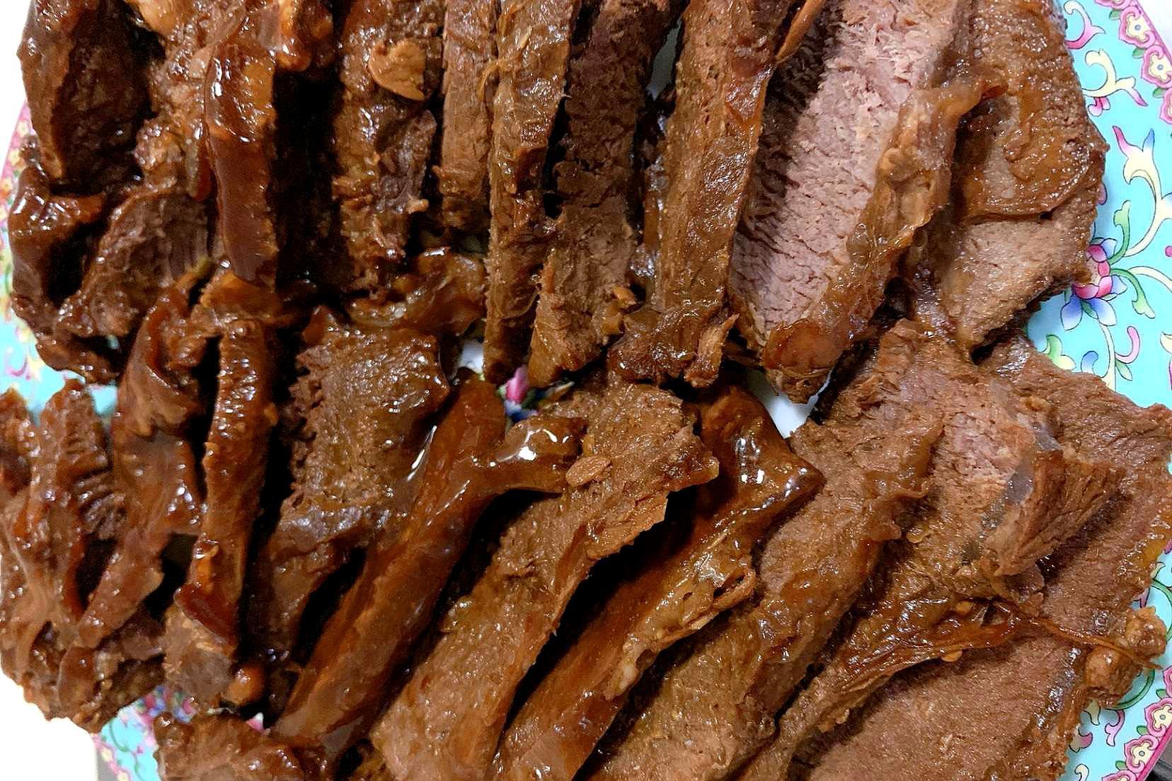 20年秘制酱牛肉配方,其实诀窍很简单,酱香浓郁,怎么切都不散