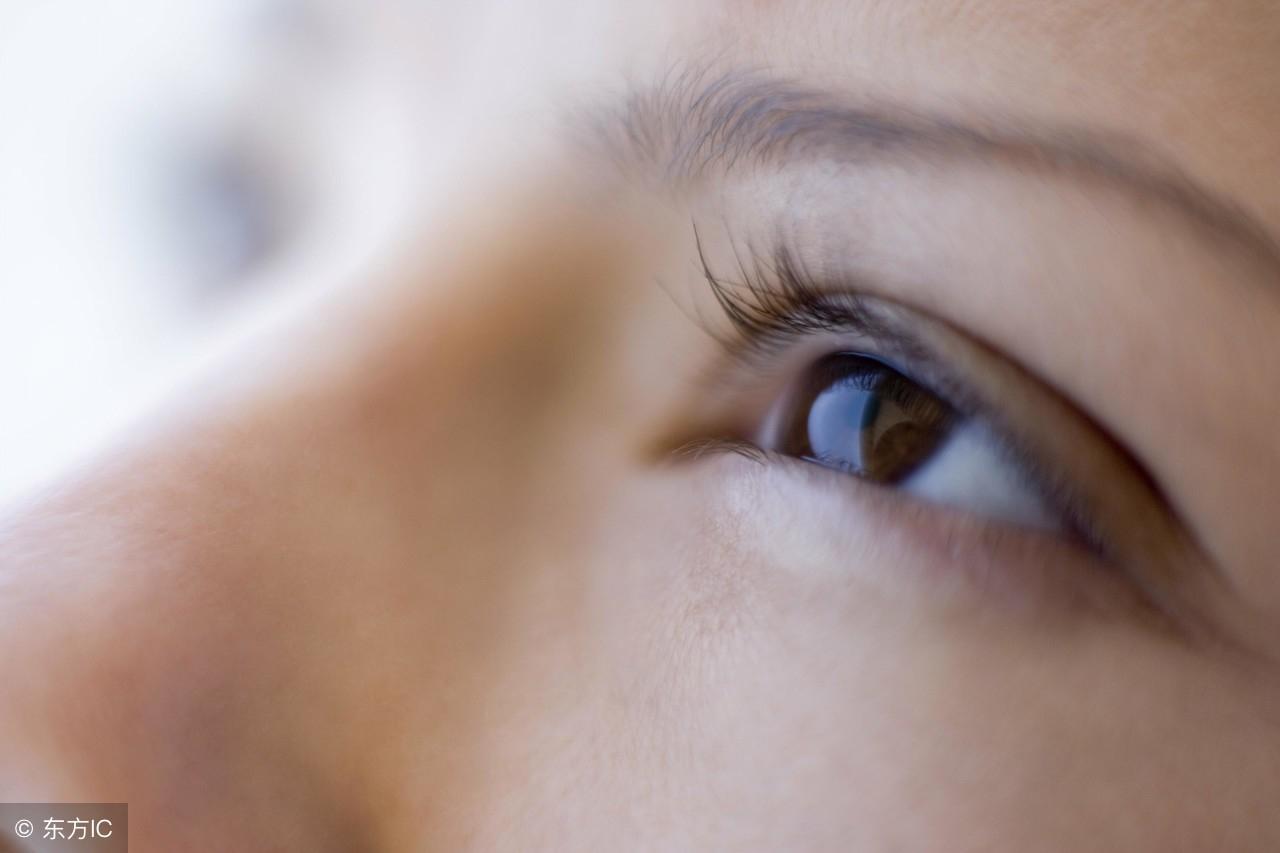眼睛干涩如何处理?医生推荐了这几个方法