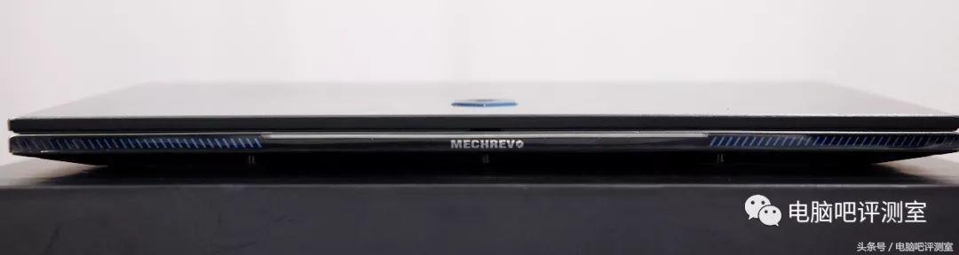 窄边框的颜值范儿游戏本——机械革命Z2评测
