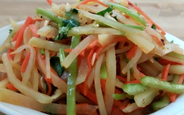 红油酸辣土豆丝的做法 减肥人士的好选择