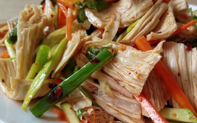 凉拌腐竹做法 简单的几道工序 就能做出美味的凉拌腐