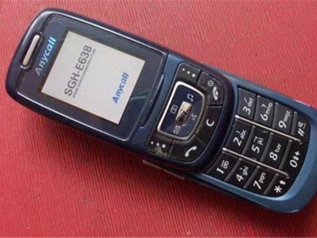 时期的真实写照!使用过这几种手机上的估算都不容易用智能手机!Nokia注目!