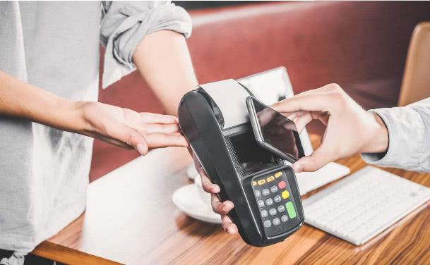微信可以转账到别人银行卡吗(微信转账银行卡怎样免费)