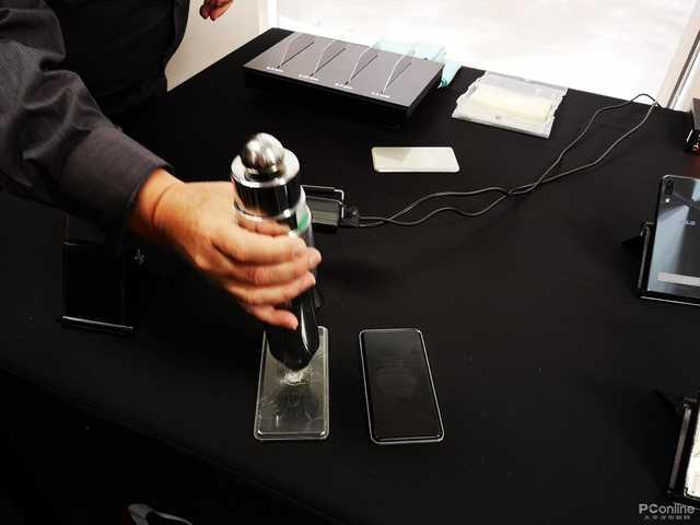 康宁大猩猩夹层玻璃六代公布 它要进一步把爆屏状况解决