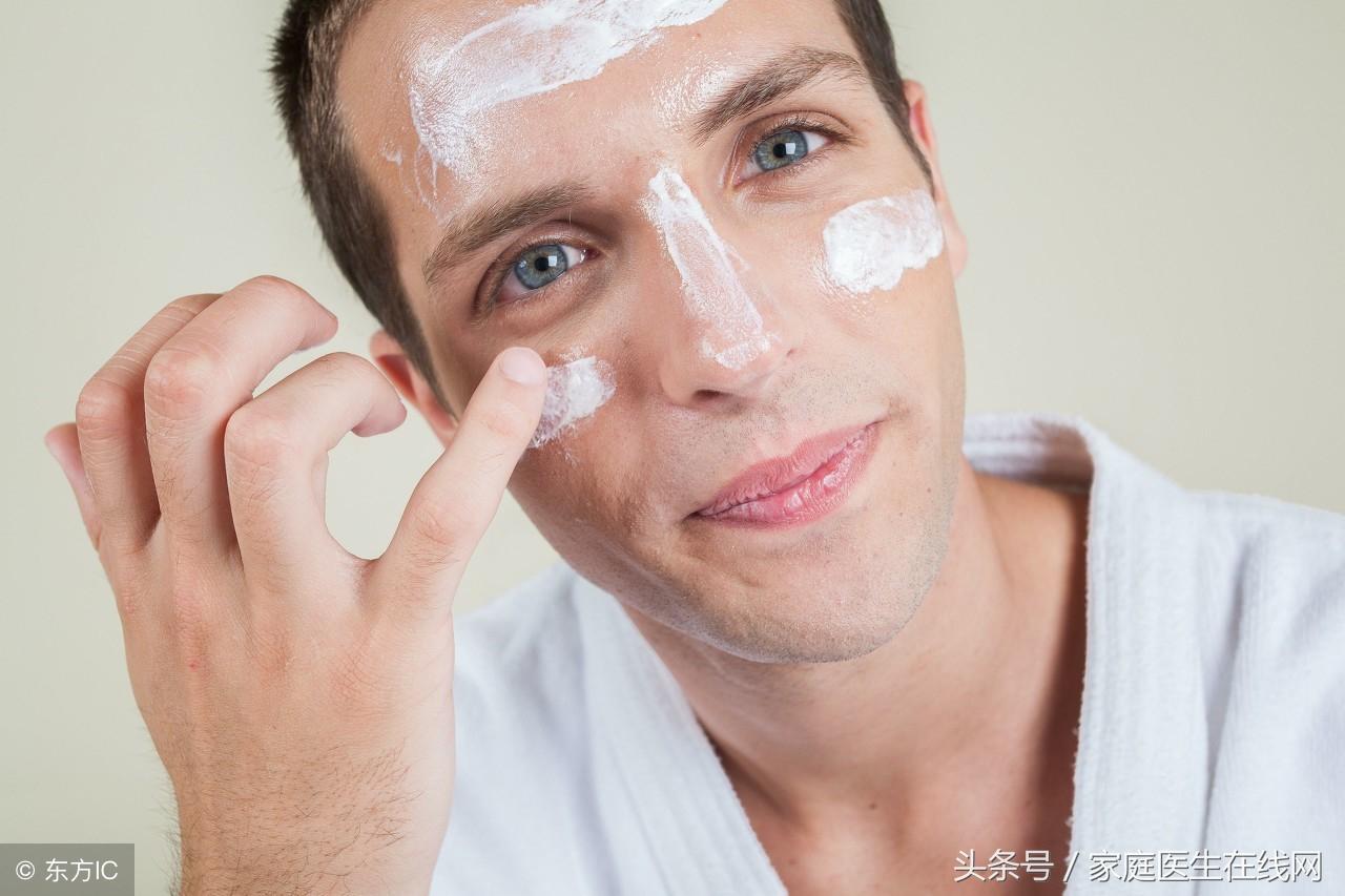 """护理男性肌肤,做好这3件事,远离满脸""""坑坑洼洼"""""""