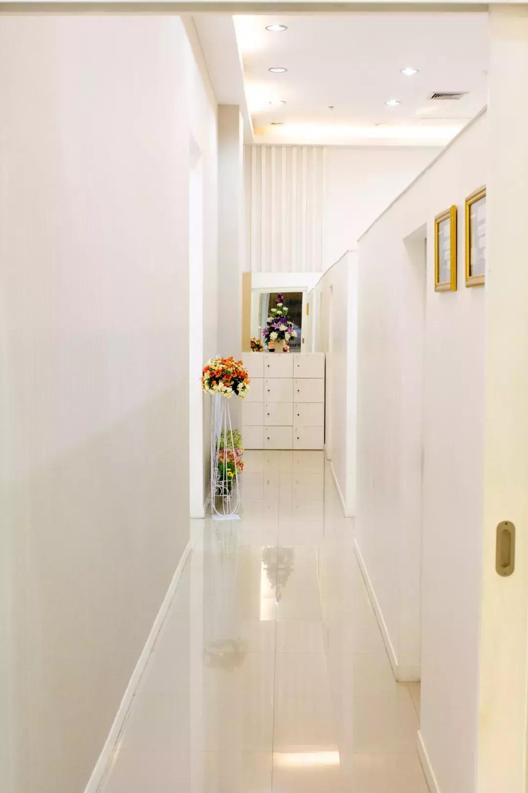 你浪费的何止是走廊,那是一间多功能房!