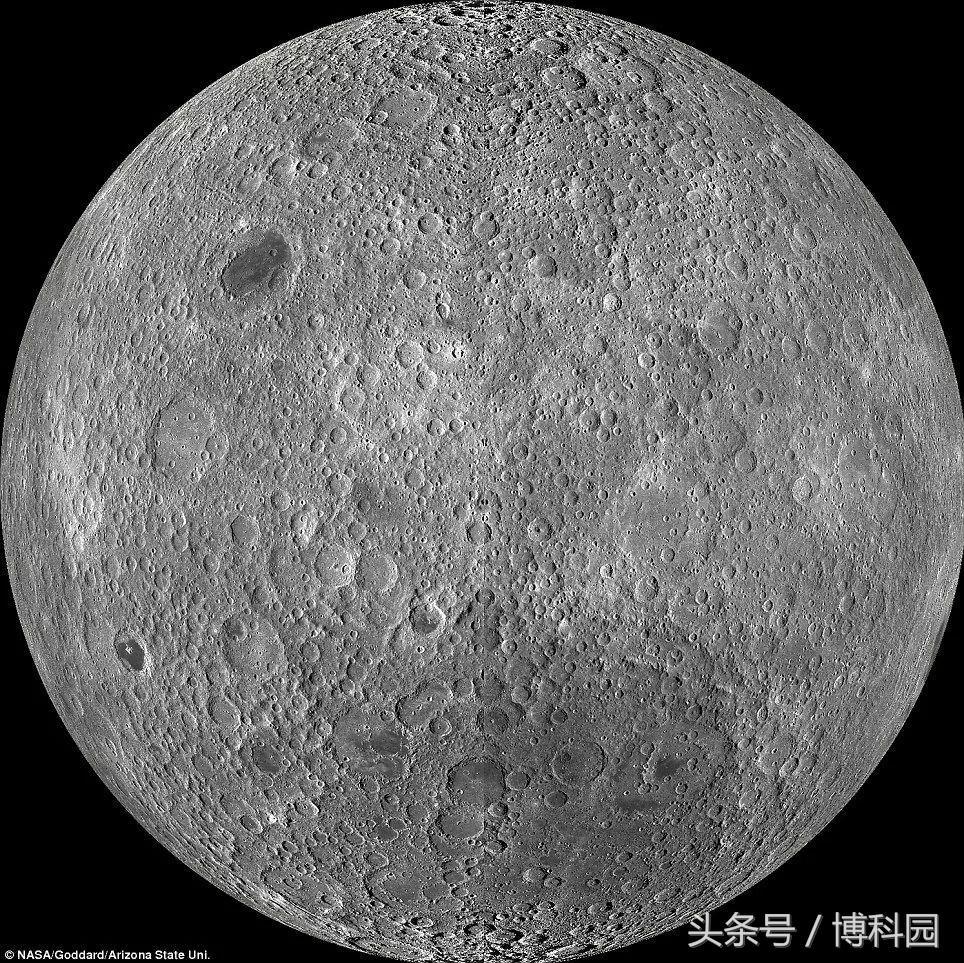 第一次在月球表面发现了水冰!