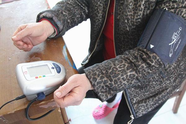 血压高是什么原因导致?这5类人易患高血压,看看你在不在其中