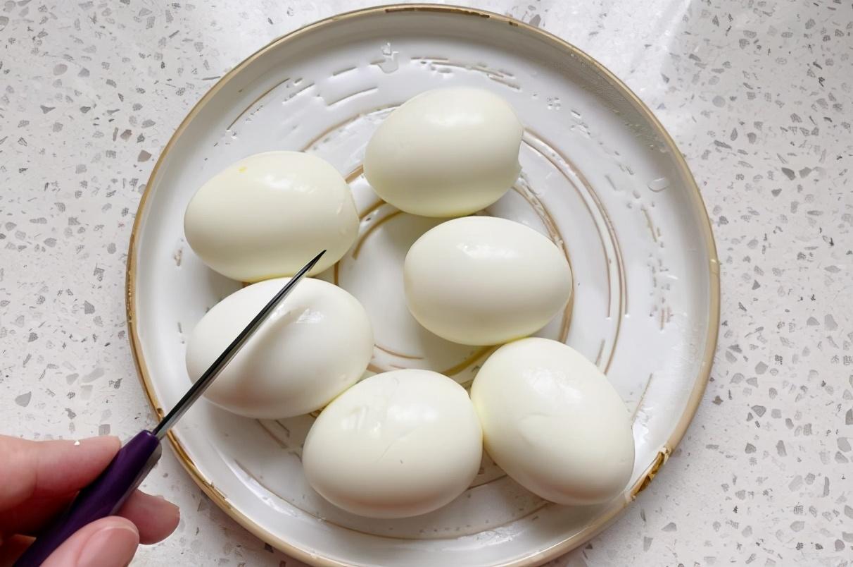 滷蛋在家做,教您詳細做法,雞蛋又香又入味,比早餐店賣得好吃