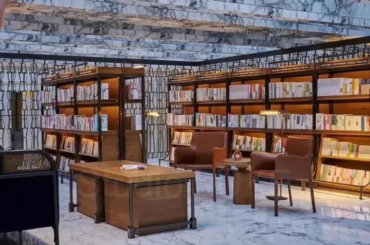 """这座隐藏在机场里的高颜值""""旅人书房"""",你值得打卡"""