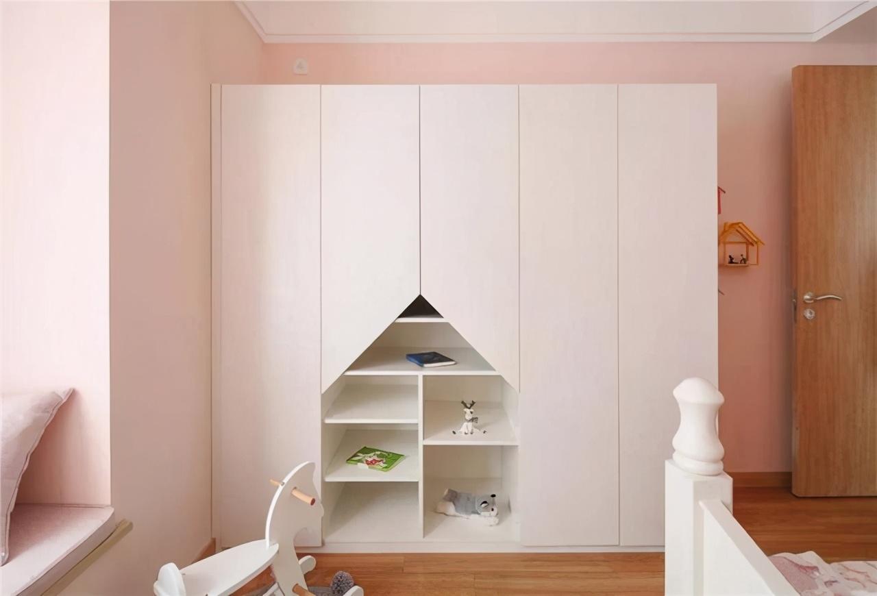 92㎡简约北欧设计,窗明几净的温馨三室