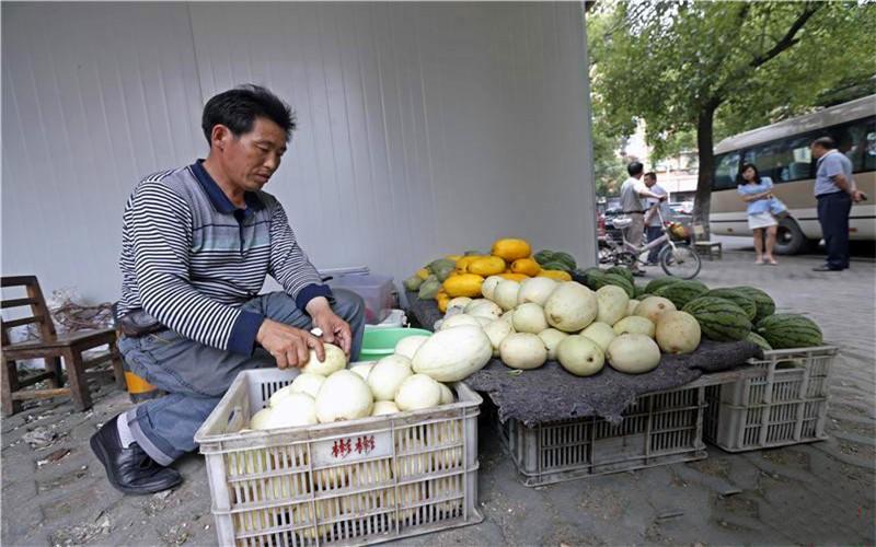 42岁的人厌烦打工,春节后想做个来钱快的小生意,市场上有哪些