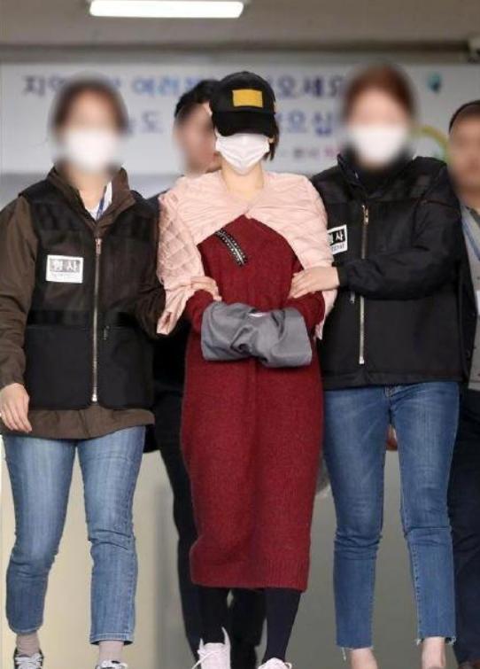 朴有天前女友再涉毒被查,通过自残引发骚乱,曾因涉毒被判刑