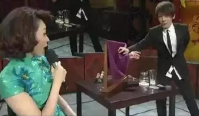 刘谦为什么被央视封,口无遮拦断送大好前程