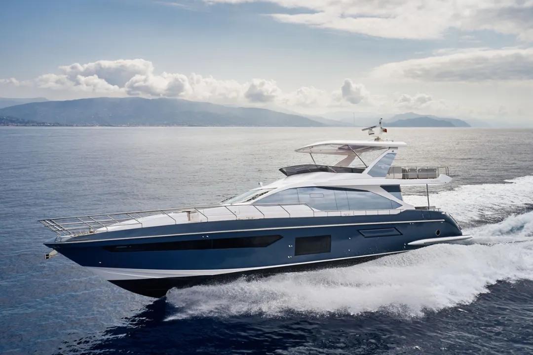 这就是奢华,意大利Azimut 72 Fly豪华飞桥游艇