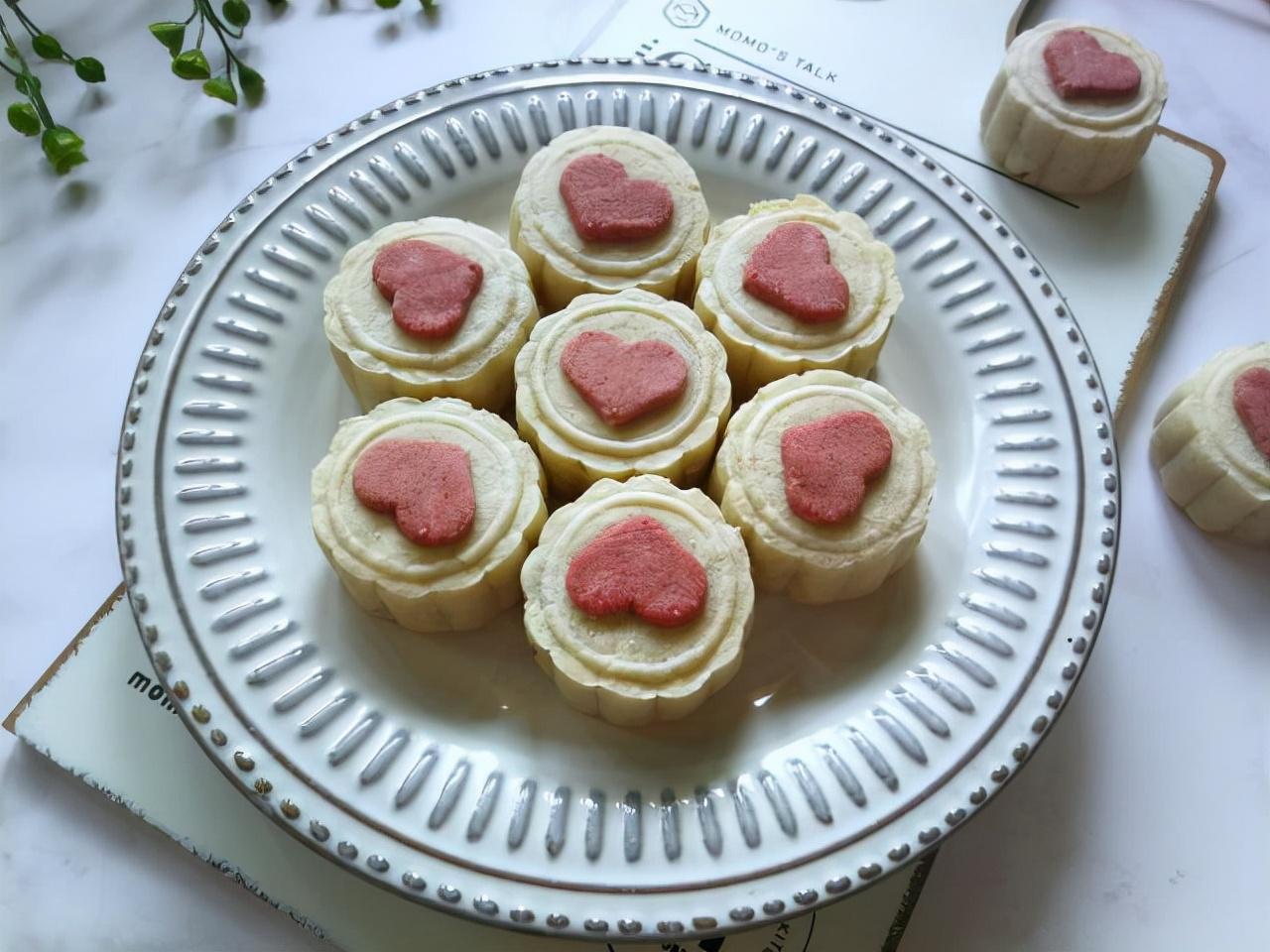 中秋将至,分享7道好吃的月饼,步骤详细容易上手,学会不用买了