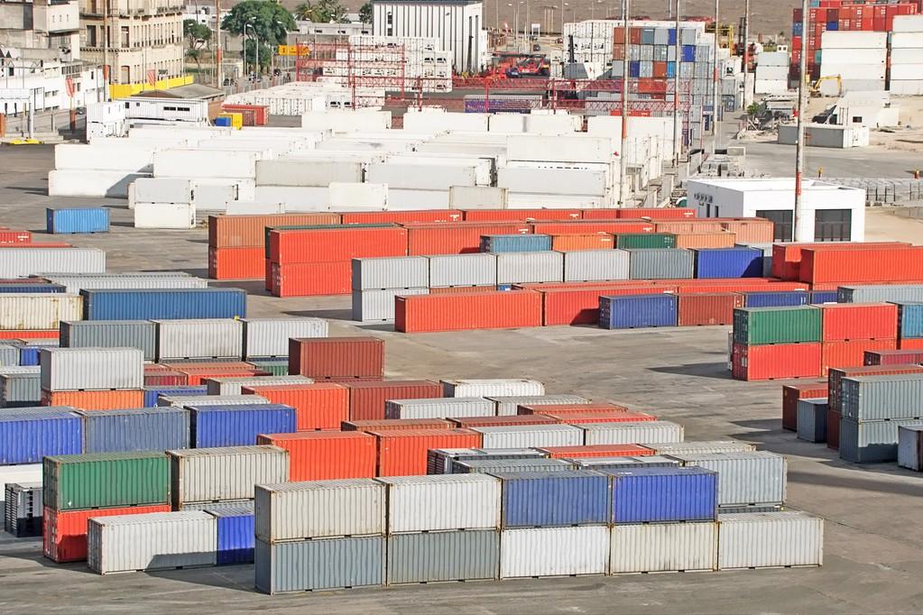 暴涨500%!中美航运费疯狂上涨,中国赴美的集装箱为何收不回来?