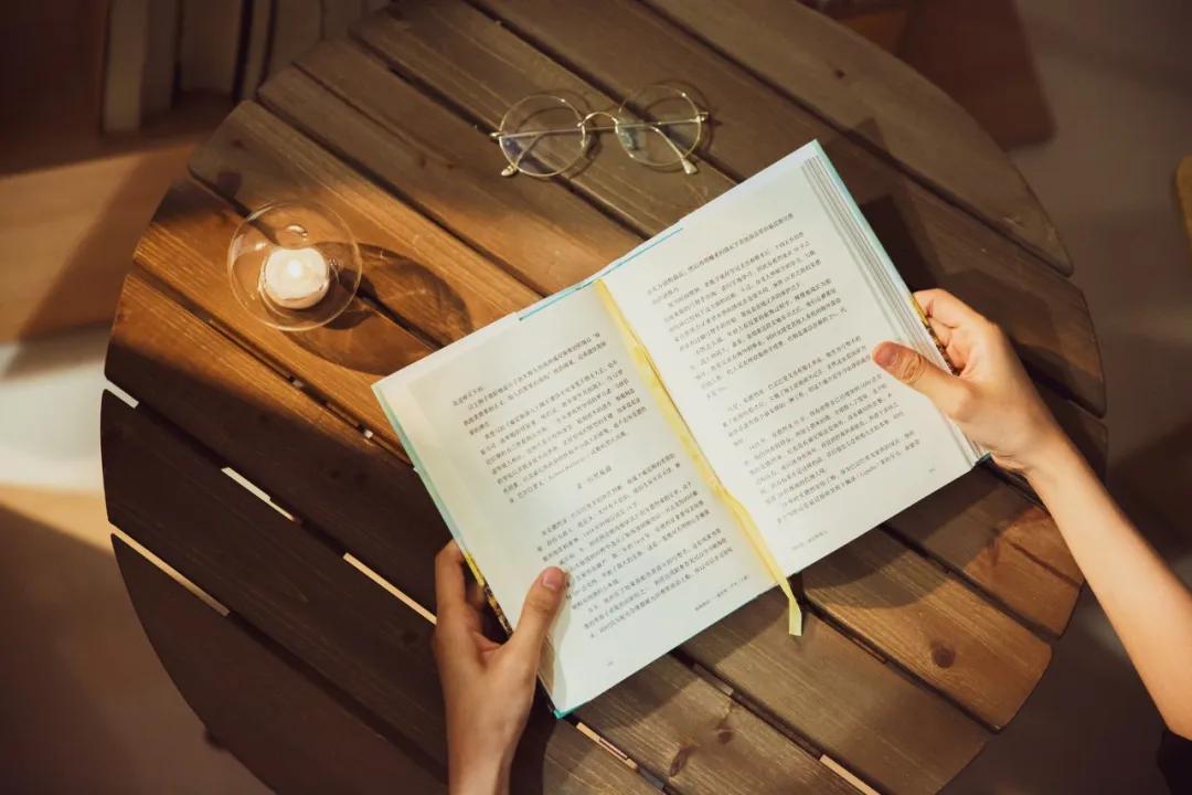 层次越低的人 越迷信读书