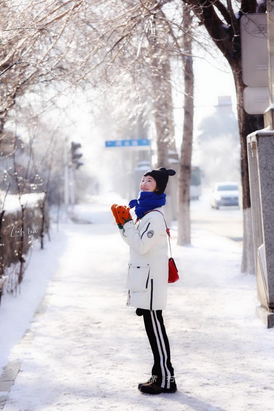 长春惊现百年不遇冰挂,冰雪奇缘太惊艳,连本地中年人都说没见过