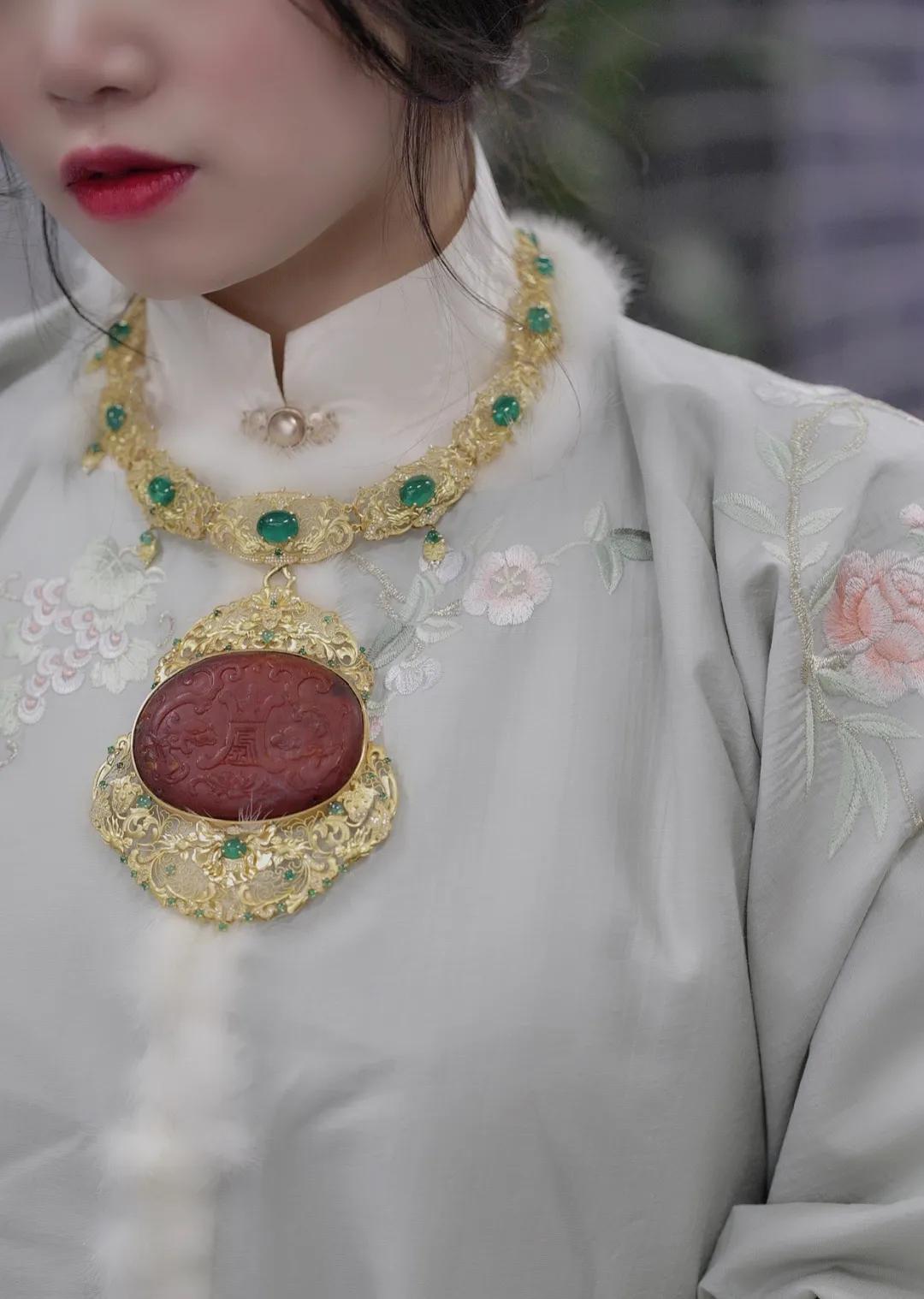 「展商推荐」传承经典,非遗传承人周洋霞与珠宝的故事
