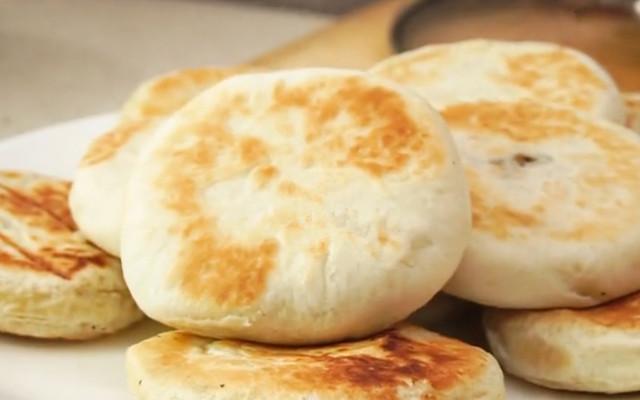 美味的早餐饼 外面酥酥 里面沙沙的 特别的好吃