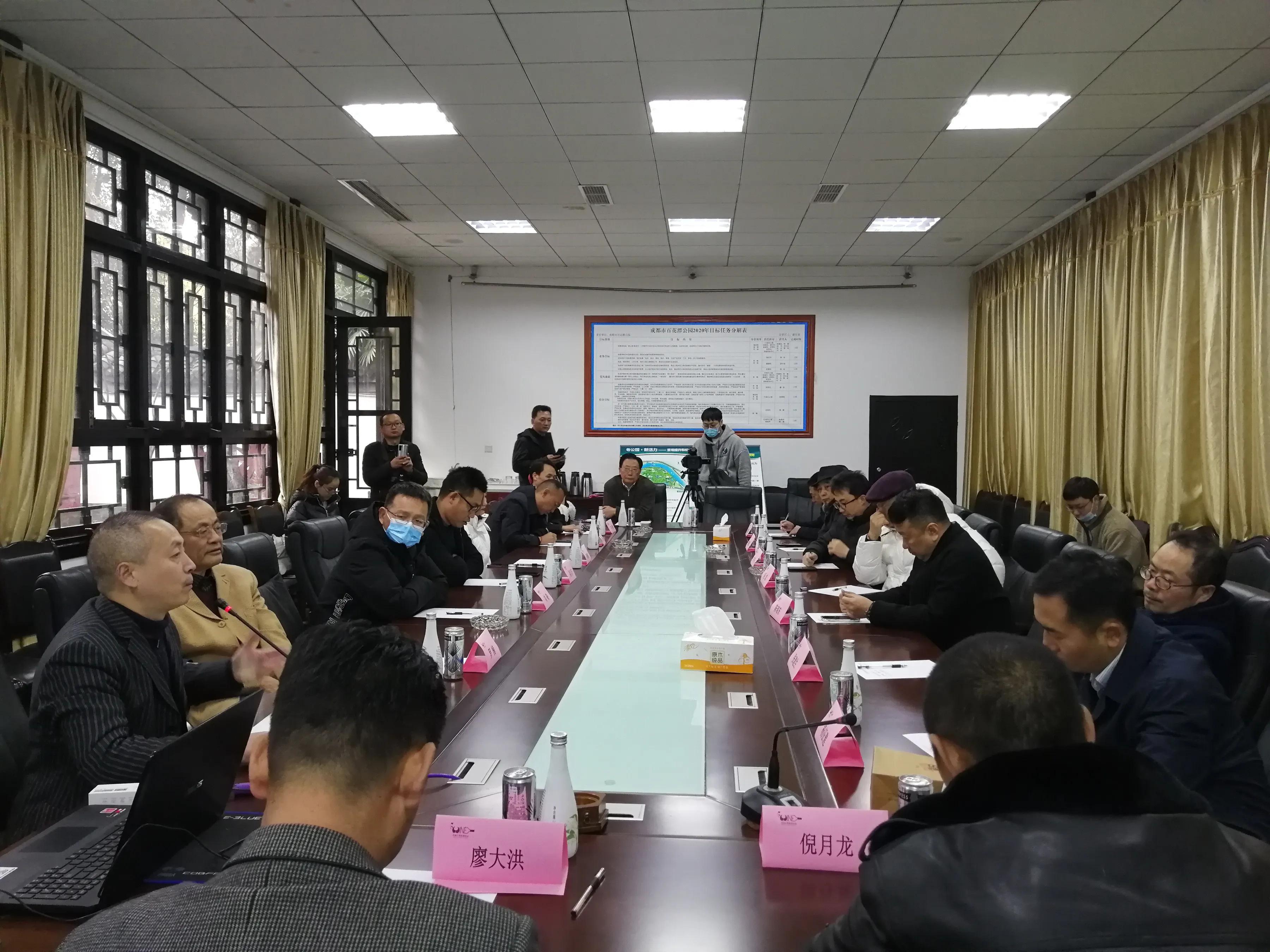 甘孜得荣县葡萄酒飘香蓉城 成为高山葡萄酒品类领跑者
