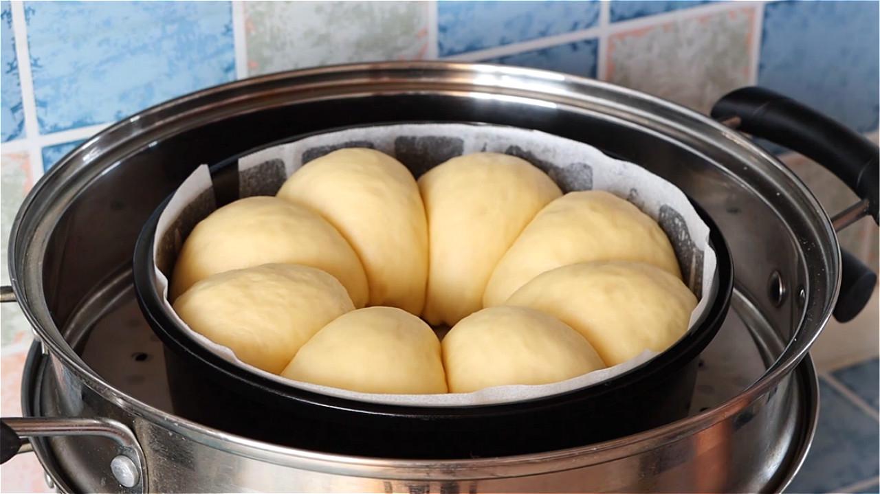 家裡有盆就能做麵包,不用烤箱不油炸,蓬鬆暄軟又拉絲,太香了