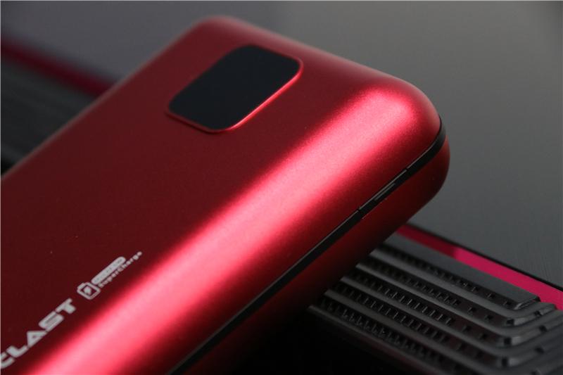 支持22.5W快充,能给三部手机充电!台电X20 Pro体验
