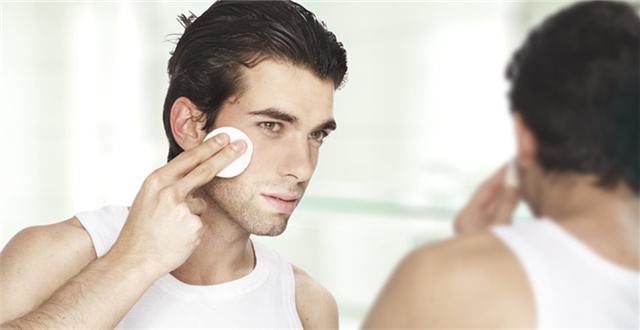 最科学的男士护肤步骤,竟然有8步之多 男士护肤 第4张