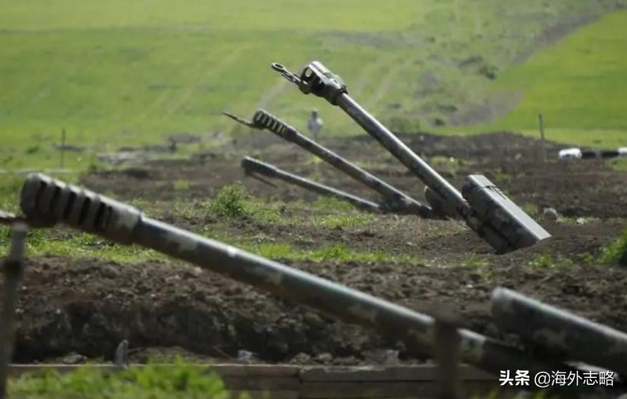 俄罗斯有心无力?坐视亚美尼亚被围殴,旁观吉尔吉斯斯坦发生变乱