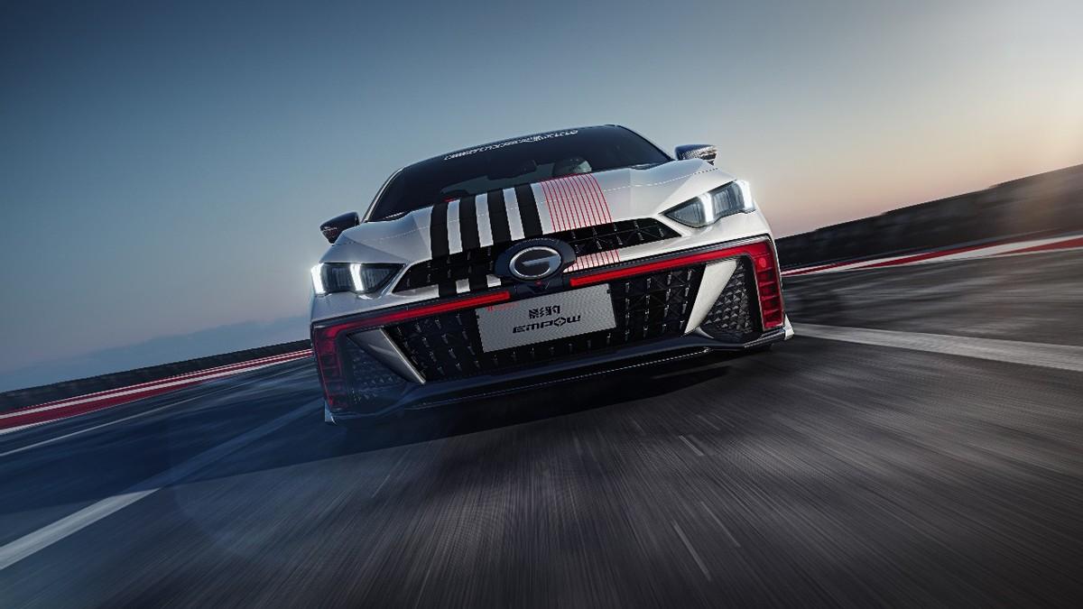 百公里5.7L,这是一台零百加速6.95秒的性能车油耗?