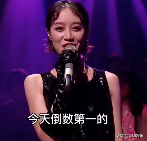 初舞台第一,决赛倒数第一!蓝盈莹最后的发言,让人听了好心疼她