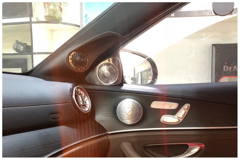超20万RMB打造的音响系统奔驰E300车主只为每一次聆听都淋漓尽致