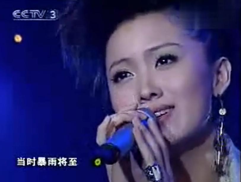 姚贝娜39岁生日,她的妈妈李信敏唱了6首歌:我唱给女儿听