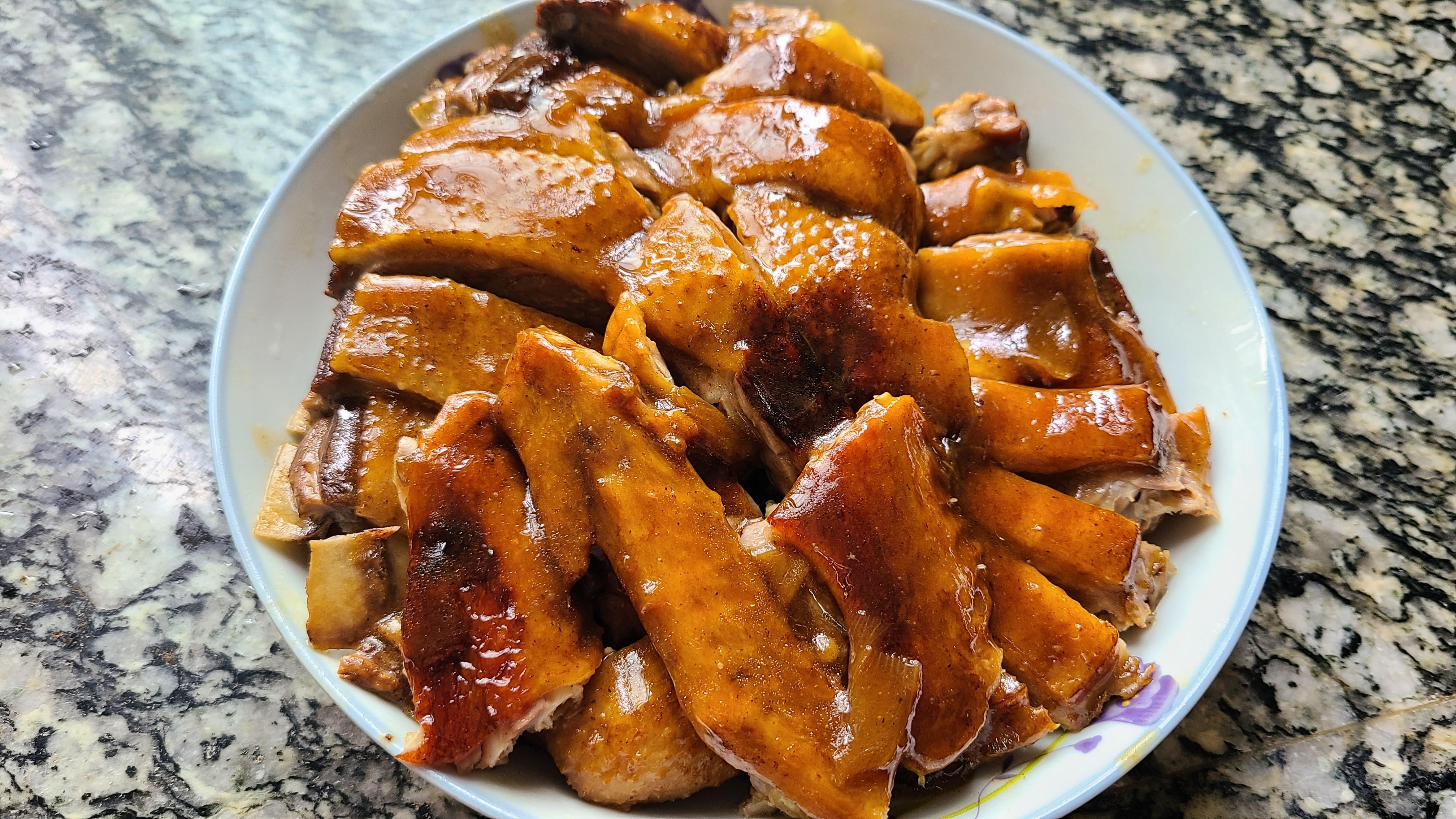 酸梅鴨這樣做太香了,是廣東很出名的家常菜,嫩滑好吃又簡單