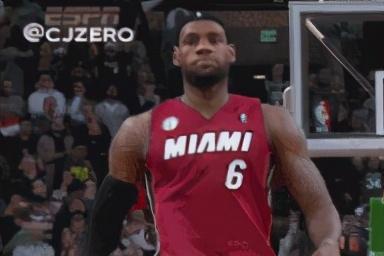NBA5大霸气庆祝动作:詹姆斯霸王步上榜,艾弗森动作太嚣张