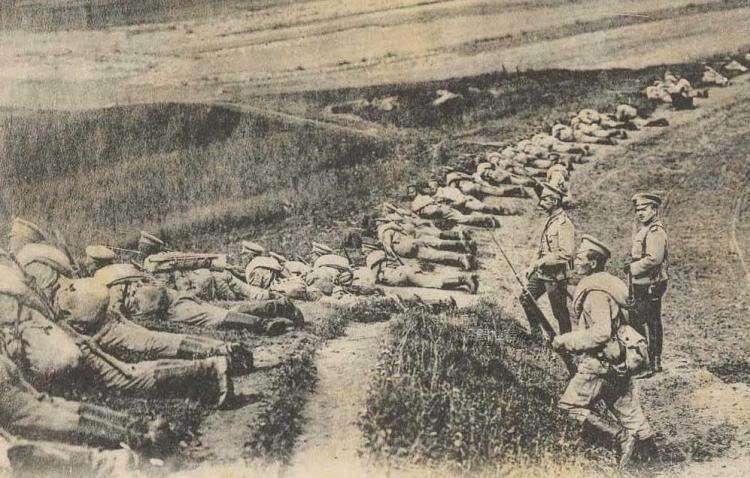 一记耳光引发的惨案:12万士兵阵亡,14万士兵被俘,高级将领自杀