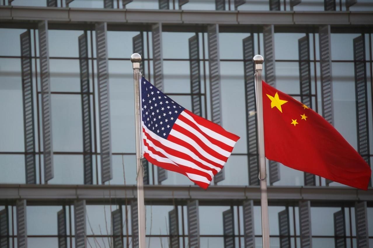 无耻双标!美议员竟指责中国对美企审查严,英媒:你们咋对华为的