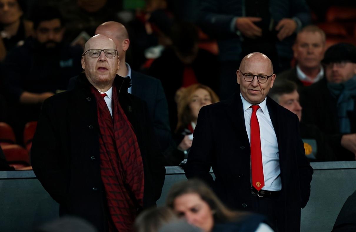 曼联上年收入减少1.18亿,格雷泽依然拿分红,六年拿走1亿