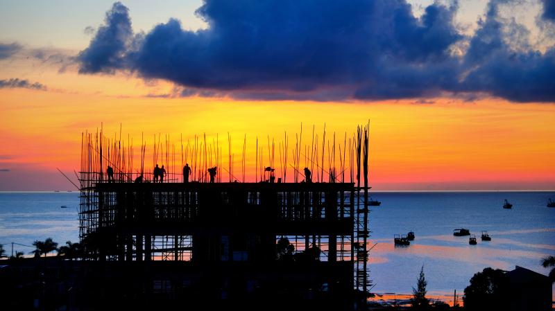广东游记:湛江未开发旅游的海岛,和小镇青年花费千万建起的民宿