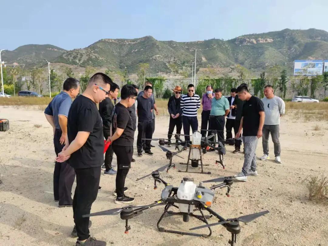 教师节 | 无人机飞进大山,科技引领新技术