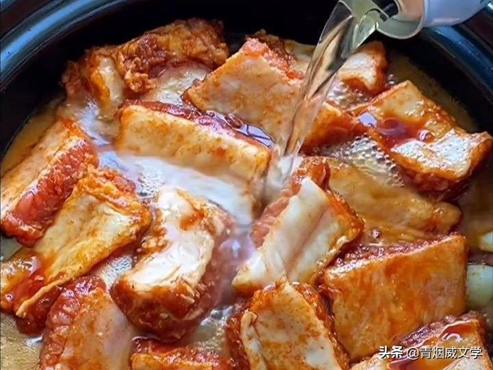 排骨焖玉米的做法,简单易学,美味好吃 美食做法 第7张