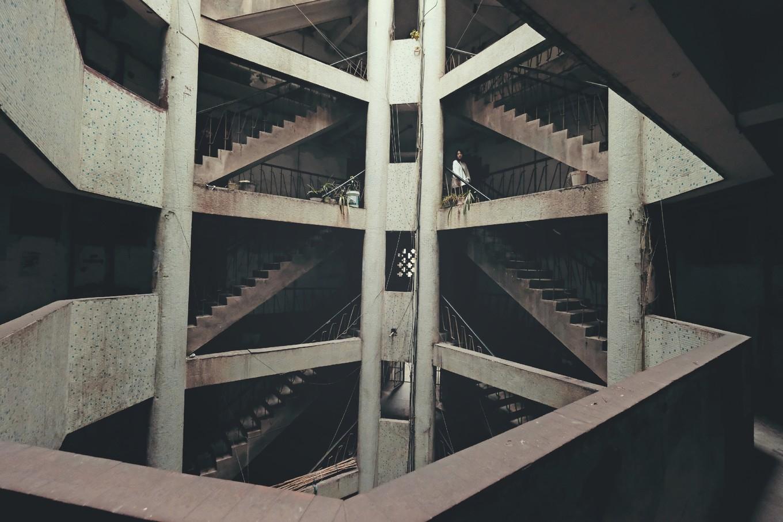 重庆旅游你的20楼,我的1楼?在8D魔幻重庆,这些