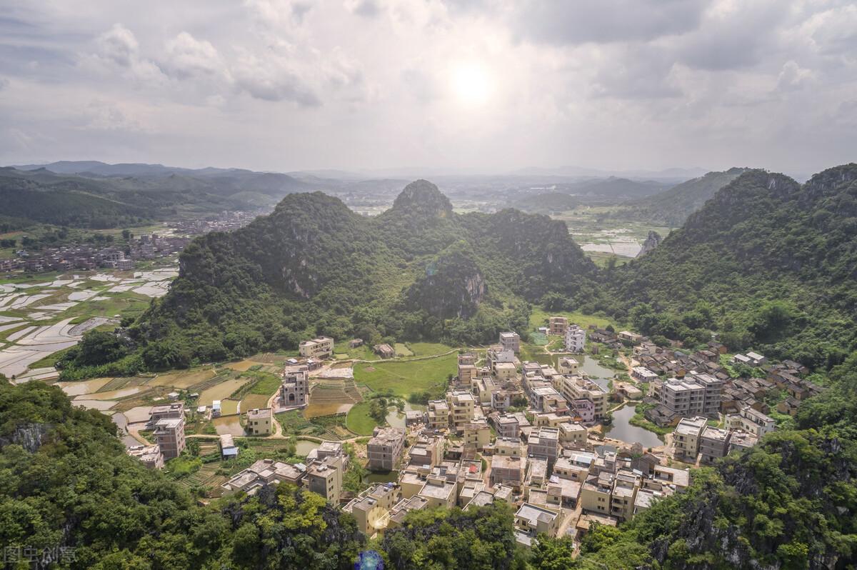广东罗定市